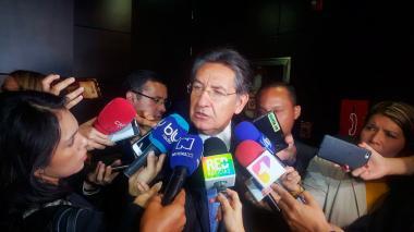 Néstor Humberto Martínez, fiscal general, entregó este martes declaraciones sobre las órdenes de captura contra miembros del Eln.