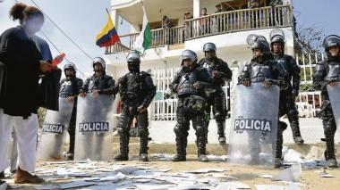 En Tierrabomba hace cuatro años no votaron y siguen sumergidos en un 'mar de problemas'