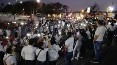 Marcha del silencio rindió homenaje a policías muertos en atentado
