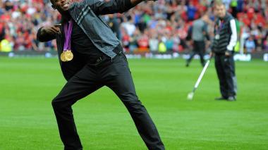 Usain Bolt de la pista de atletismo a las canchas de fútbol