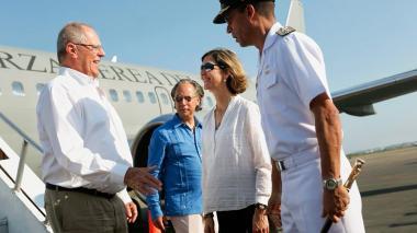 Arribó a Cartagena el presidente del Perú