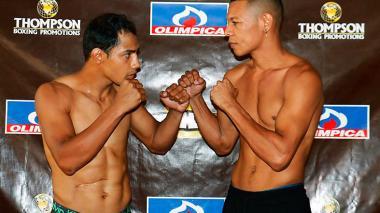Yeison Cohen, izquierda, y el colombiano Hugo Berrío, minutos previos a la pelea en el Hotel El Prado.