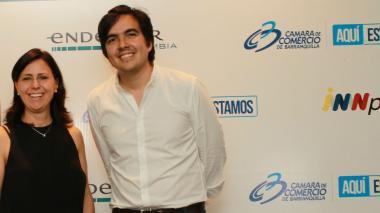 Adriana Suárez, directora ejecutiva de Endeavor Colombia y Juan Carlos Peña, mánager de operaciones en la Región Caribe.