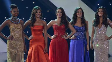 Instantes finales del Concurso Nacional de Belleza en el que la ex Miss Universo Paulina Vega Dieppa fue elegida Señorita Colombia (2013-2104).