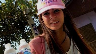 Helen, la vendedora venezolana que tiene enamorados a los barranquilleros