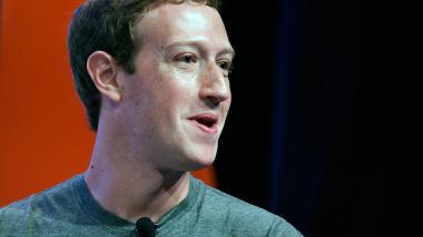 Parlamento Europeo pide a Mark Zuckerberg explicar desvío de datos de usuarios de Facebook