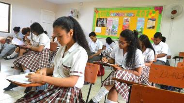 Distrito prepara a más de 10.100 estudiantes de 11º para las Pruebas Saber 2018