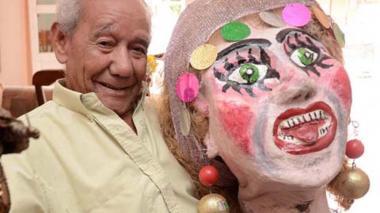 Fallece a los 95 años Jorge Altamiranda, creador del disfraz 'Las Gigantonas'