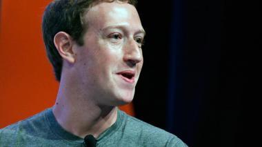 UE da dos semanas a Facebook para responder al uso de datos con fines políticos