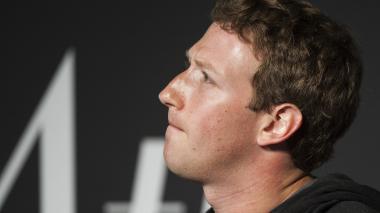 Tras escándalo político, Facebook entrega documentos a la justicia de Nueva York