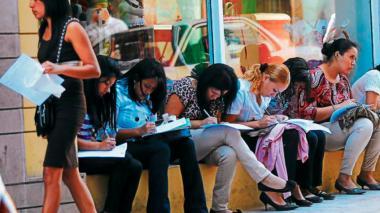 Las mujeres pierden participación en el mercado laboral colombiano