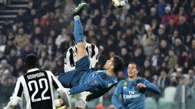Cristiano Ronaldo anotó de chilena el segundo de los tres goles del Real Madrid.