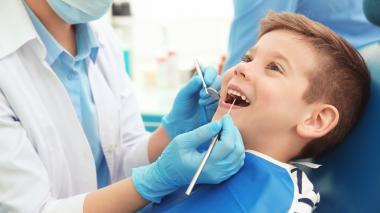 Lo que debe saber sobre la higiene bucal según su edad