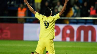 Bacca llegó a su décimo gol en la temporada de la Liga de España