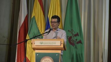 """""""Estamos muy cerca de encontrar la salida para el Cari"""": Ministro de Salud"""