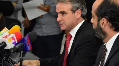 El superintendente de Industria y Comercio, Pablo Felipe Robledo, durante una rueda de prensa realizada ayer en Bogotá.