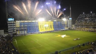 Miles de hinchas celebran en la mítica Bombonera bicampeonato de Boca