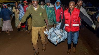 Al menos 41 muertos deja la ruptura de una represa en Kenia