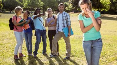 Cuando eres un testigo silencioso también estás haciendo parte de la agresión.