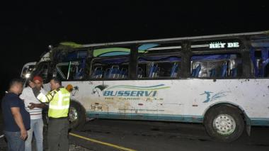 37 heridos tras accidente de bus en la vía Palmar de Varela-Sabanalarga