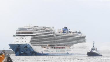 Uno de los cruceros más grandes del mundo arribó a Cartagena