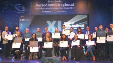 Los ganadores del premio de Periodismo Semana - Grupo Argos.