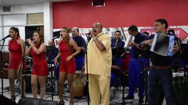 """""""Pido vida, salud y bendiciones para seguir cantándole a la gente"""": Juan Piña"""