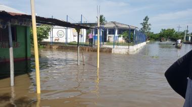 El Cerrito, en El Banco, está bajo el agua