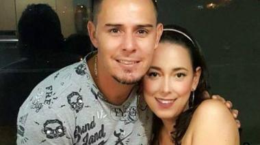 Luis Delgado junto a su esposa, Tatiana quien no le ganó la batalla al cáncer.