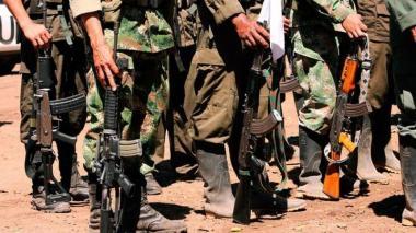 Dan de baja a 16 disidentes de la Farc en bombardeo en frontera con Venezuela