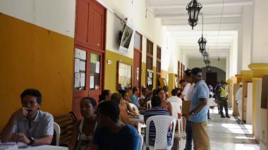 Reportan uso indebido de publicidad y comandos de transporte de votantes en Cartagena