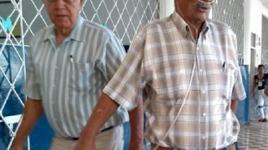 Ramón Holguín, el paisa que llegó a votar con una bala de oxígeno en Santa Marta