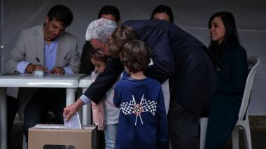 """He votado por Iván Duque"": Álvaro Uribe"