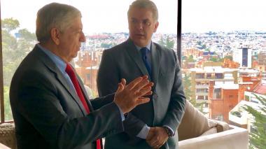 El expresidente César Gaviria en su encuentro con el presidente electo Iván Duque.