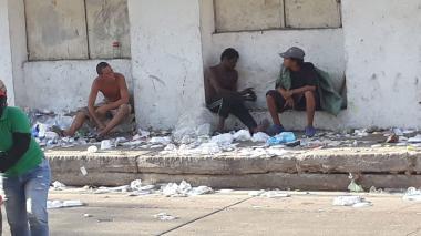 Los habitantes de la calle han hecho del sector su sitio predilecto para consumir drogas.