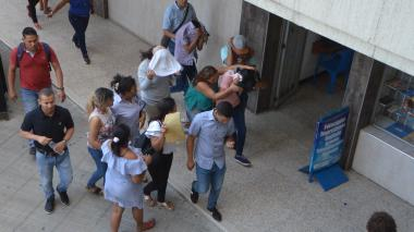 En libertad siete de los jóvenes que pagaron para ingresar a la Unimagdalena