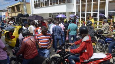 Maestros de Sucre exigen prestación de servicios de salud