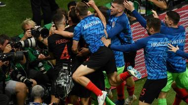 Los jugadores de Croacia celebrando el gol de Mario Mandzukic.