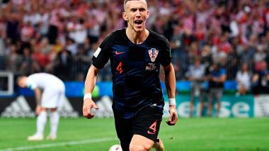 Perisic celebrando el gol.