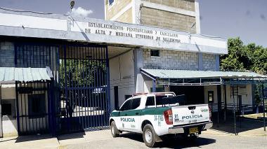 Presos de 'La Tramacúa' piden internet y celular