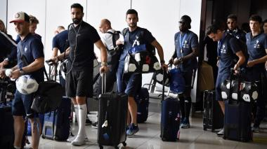Los campeones del mundo dejan Moscú y van rumbo a París