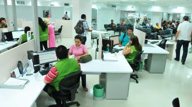 Las oficinas de la división de impuestos de la Dian en Barranquilla.