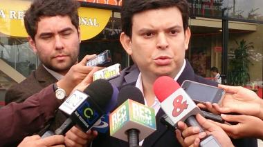Alejandro Lyons declaró en la Procuraduría contra Edwin Besaile