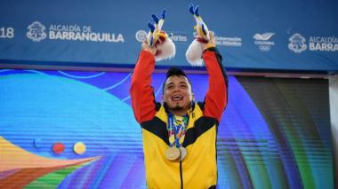 Carlos Berna, en pesas, le da a Colombia una de oro y una de plata