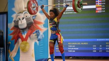Con susto incluido, Ana Iris Segura gana dos medallas de oro