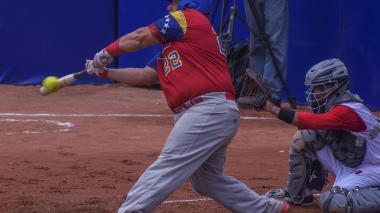 El jonronero del sóftbol venezolano