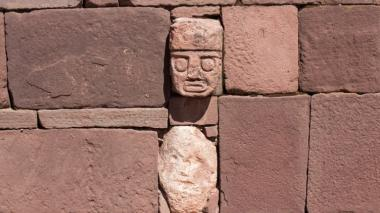 Centro ceremonial preincaico de Tiwanaku, Patrimonio Cultural de la Humanidad.