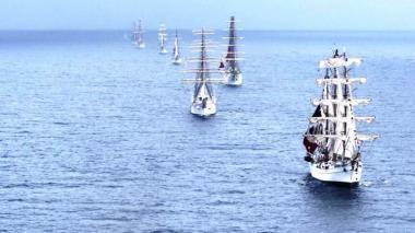 Las buques escuelas de Perú, Chile, Argentina, Portugal, Brasil, México y Colombia sellaron el compromiso de regresar para los 500 años de Santa Marta.