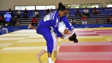 El 'kínder' tricolor sigue 'guerreando' en el judo