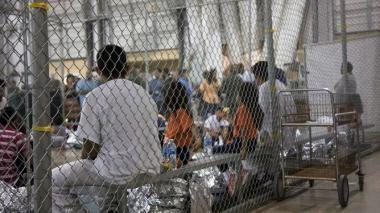 Trabajador con VIH de albergue para niños migrantes en EEUU es señalado de abusos